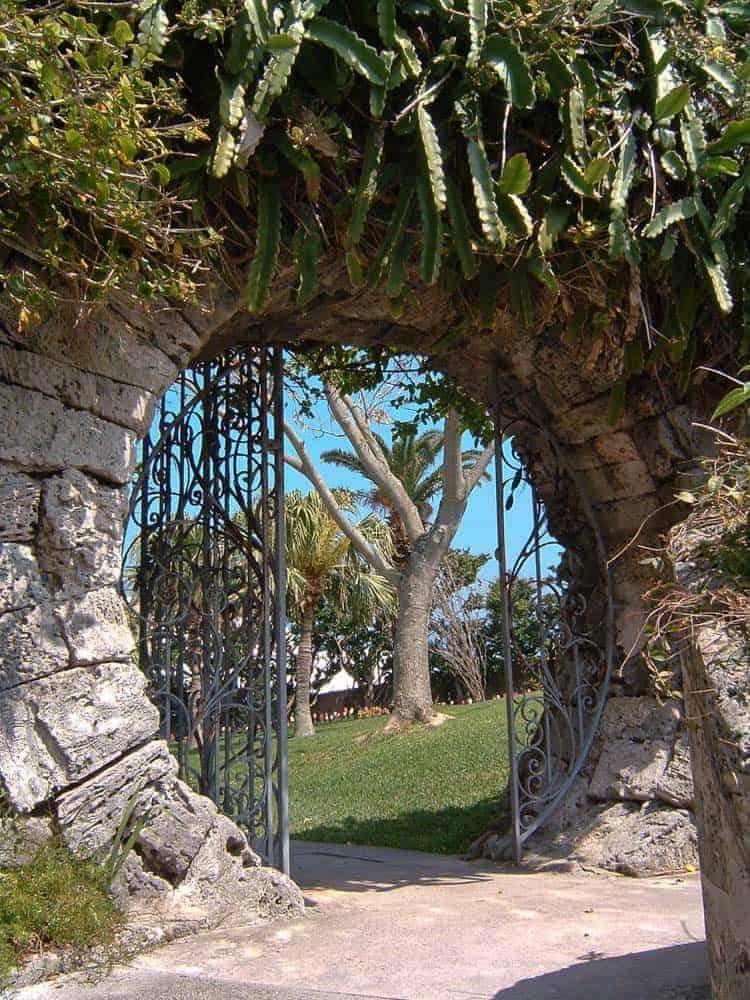 Moongate, Queen Elizabeth Park