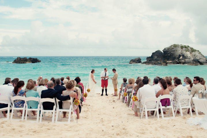 Beach wedding at the Fairmont Southampton hotel in Bermuda