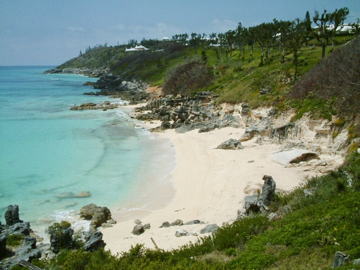 Church Bay in Bermuda, one of the best beaches for snorkelling